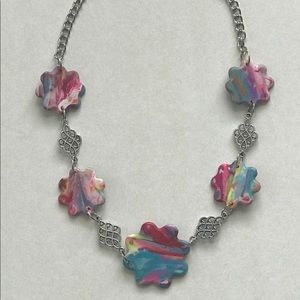 Jewelry - Multi colored flower shaped necklace.